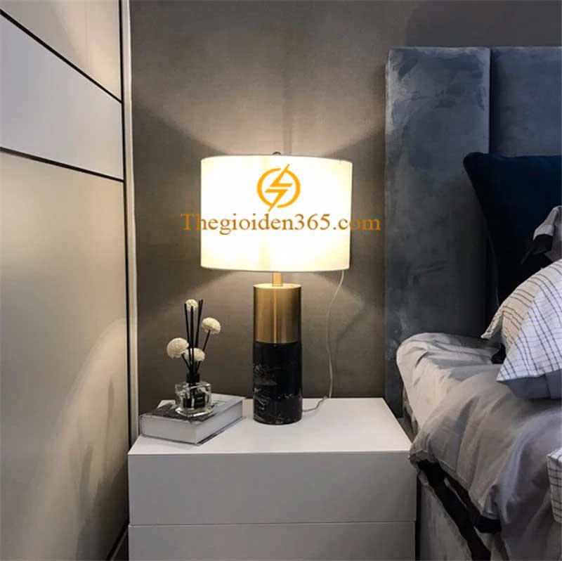 Đèn ngủ để bàn mạ đồng Stone Gold cao cấp trang trí phòng ngủ TL-DN04