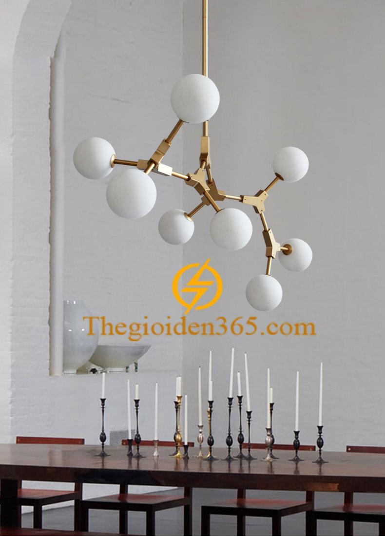 Đèn chùm thả trang trí cành táo thân vàng 8 chao thủy tinh trắng đục TL-PA-J008