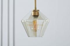Đèn thả trang trí kiểu Châu Âu chao thủy tinh pha đồng TLPD02
